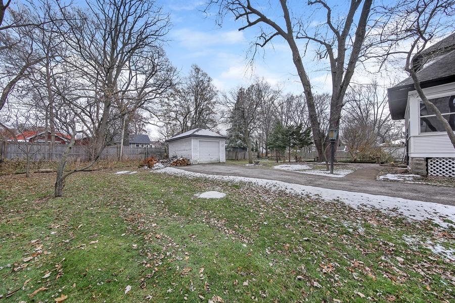Real Estate Photography - 681 Pleasant Ave, Glen Ellyn, IL, 60137 - Back Yard