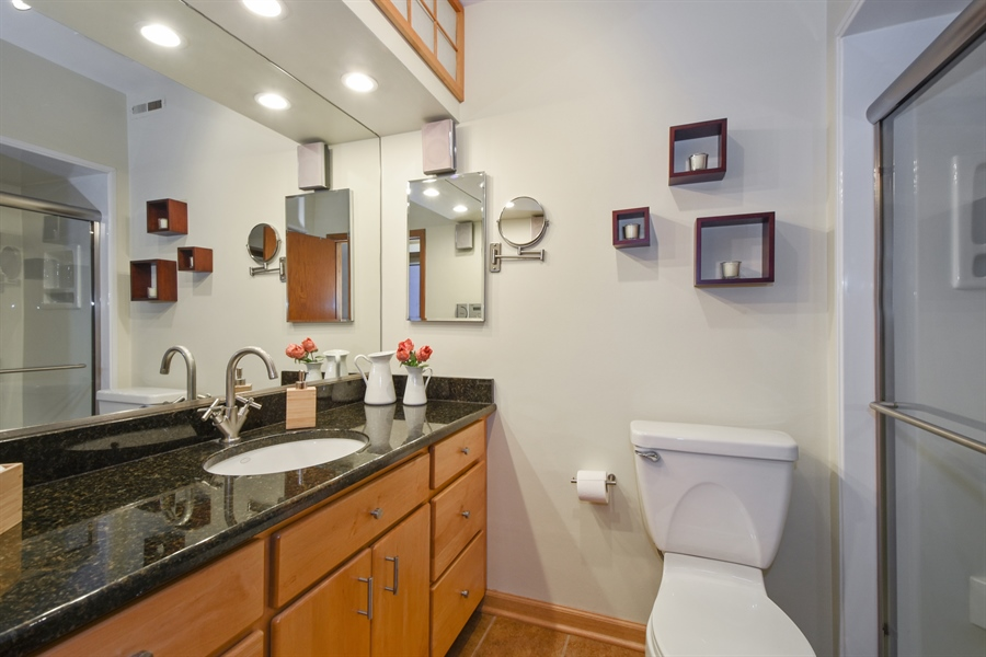 Real Estate Photography - 578 W. Signal Hill Road, North Barrington, IL, 60010 - 3rd Bathroom