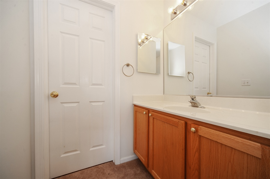 Real Estate Photography - 3154 FALLING WATERS Lane, Unit 3154, Lindenhurst, IL, 60046 - 2nd vanity in the Jack & Jill bathroom