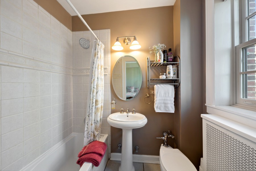 Real Estate Photography - 1120 N. Lake Shore Drive, Unit 11C, Chicago, IL, 60611 - 2nd Bathroom