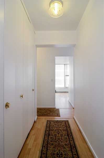 Real Estate Photography - 3200 N. Lake Shore Drive, Unit 2503, Chicago, IL, 60657 - Foyer