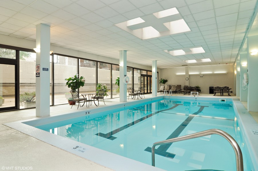 Real Estate Photography - 3200 N. Lake Shore Drive, Unit 2503, Chicago, IL, 60657 -