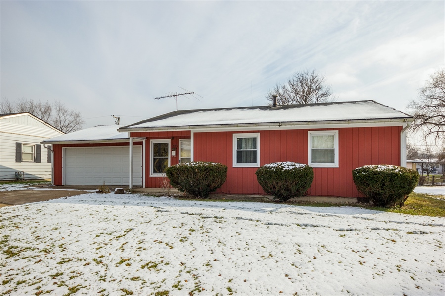 Real Estate Photography - 1208 Hague Street, Joliet, IL, 60432 - Front View