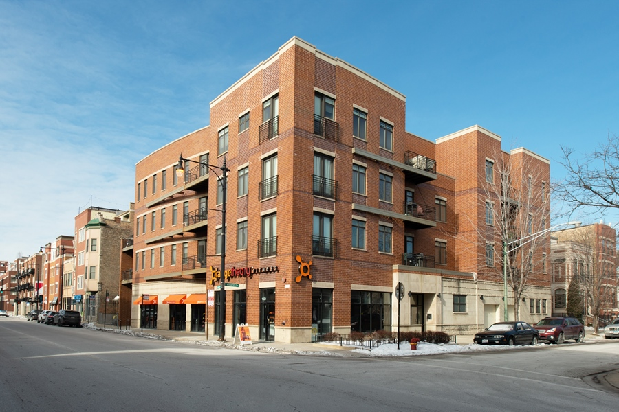 Real Estate Photography - 1600 N. MARSHFIELD Avenue, Unit 306, Chicago, IL, 60622 - Front View