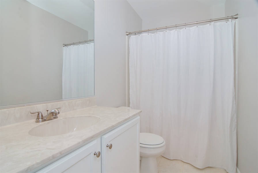 Real Estate Photography - 188 Brompton Drive, Unit A, Sugar Grove, IL, 60554 - 2nd Bathroom