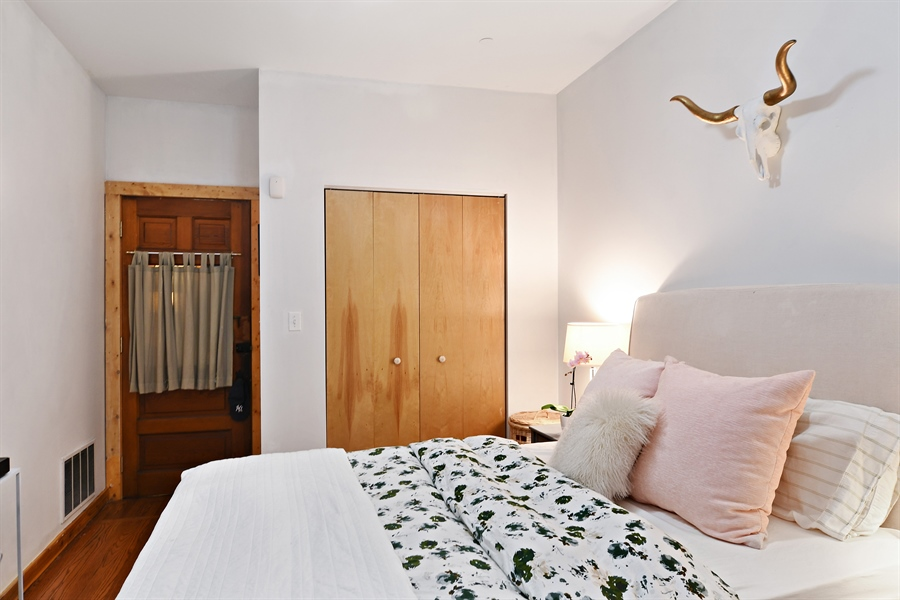 Real Estate Photography - 3608 N. Magnolia Avenue, Unit 2, Chicago, IL, 60613 - Master Bedroom