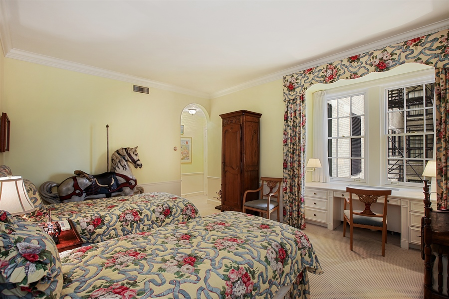 Real Estate Photography - 1500 N. Lake Shore Drive, Unit 11-12B, Chicago, IL, 60610 - Bedroom En-Suite Main Floor