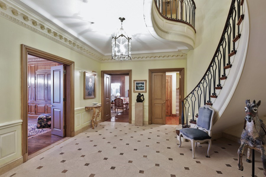 Real Estate Photography - 1500 N. Lake Shore Drive, Unit 11-12B, Chicago, IL, 60610 - Foyer