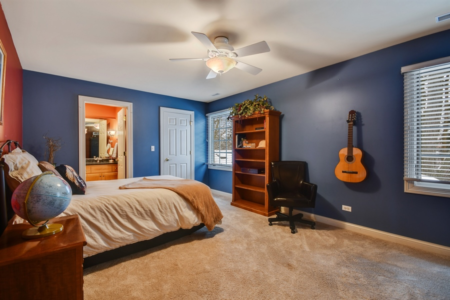 Real Estate Photography - 1221 Millet Street, Naperville, IL, 60563 - BR 3 has its own Jack & Jill bath entry & WIC