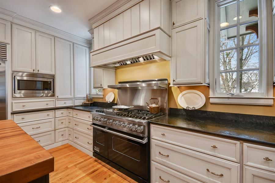 Real Estate Photography - 1221 Millet Street, Naperville, IL, 60563 - Professional Grade Appl-Viking, SubZero & Miele