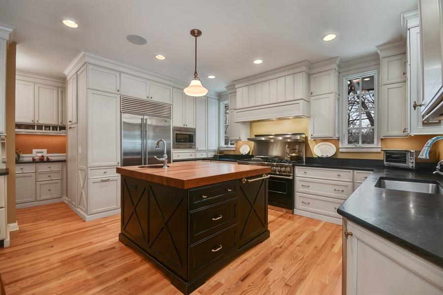 Real Estate Photography - 1221 Millet Street, Naperville, IL, 60563 - Specaular newer custom kitchen