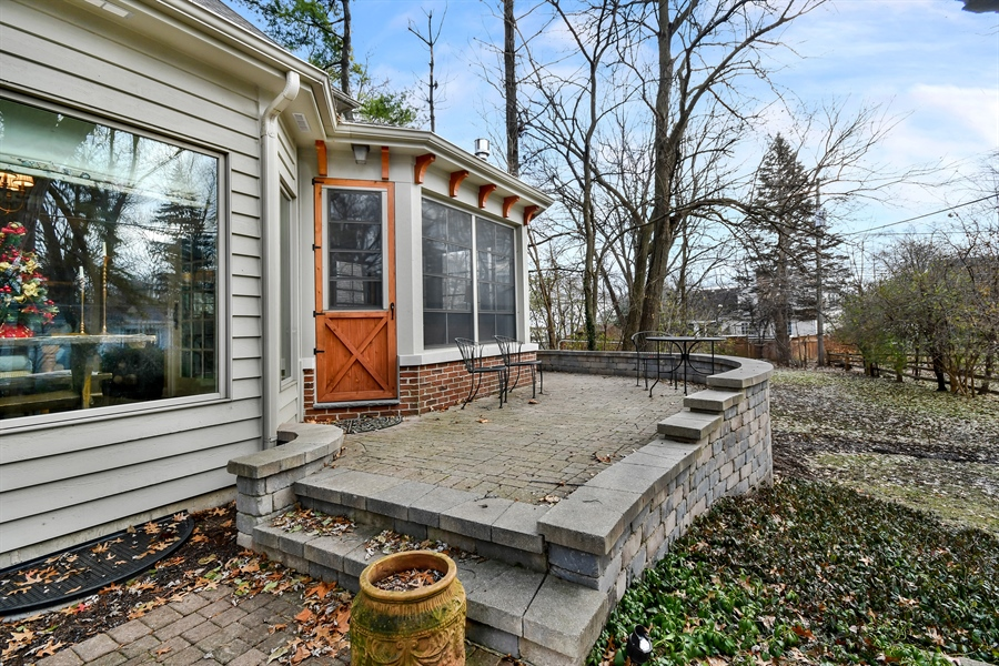 Real Estate Photography - 1221 Millet Street, Naperville, IL, 60563 - Remove