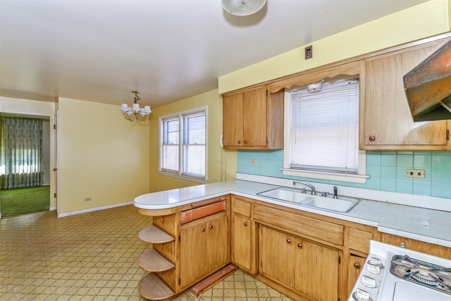 Real Estate Photography - 6638 W. 63rd Street, Chicago, IL, 60638 - Kitchen