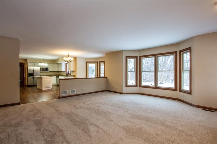 Real Estate Photography - 20324 W BUCKTHORN CT, MUNDELEIN, IL, 60060 -
