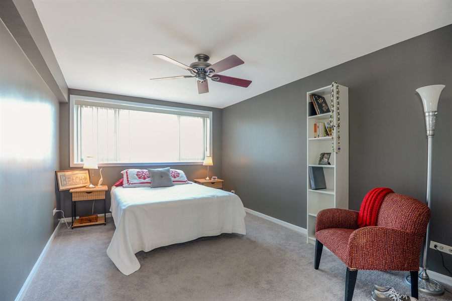 Real Estate Photography - 5854 North Kenmore Ave, Chicago, IL, 60660 - Bedroom