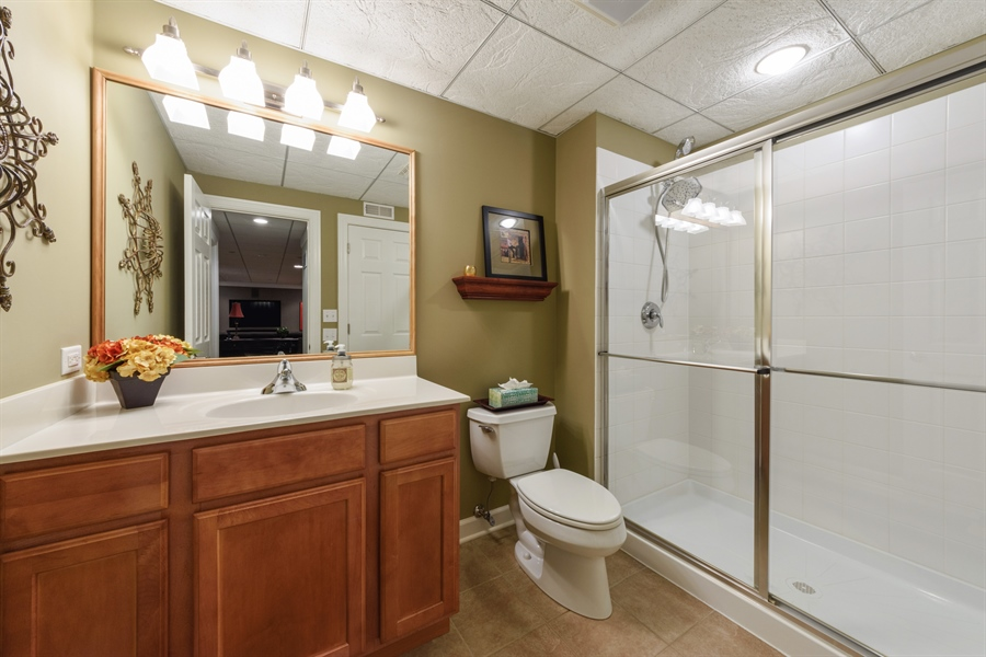 Real Estate Photography - 705 Fieldstone Court, Inverness, IL, 60010 - 3rd Bathroom