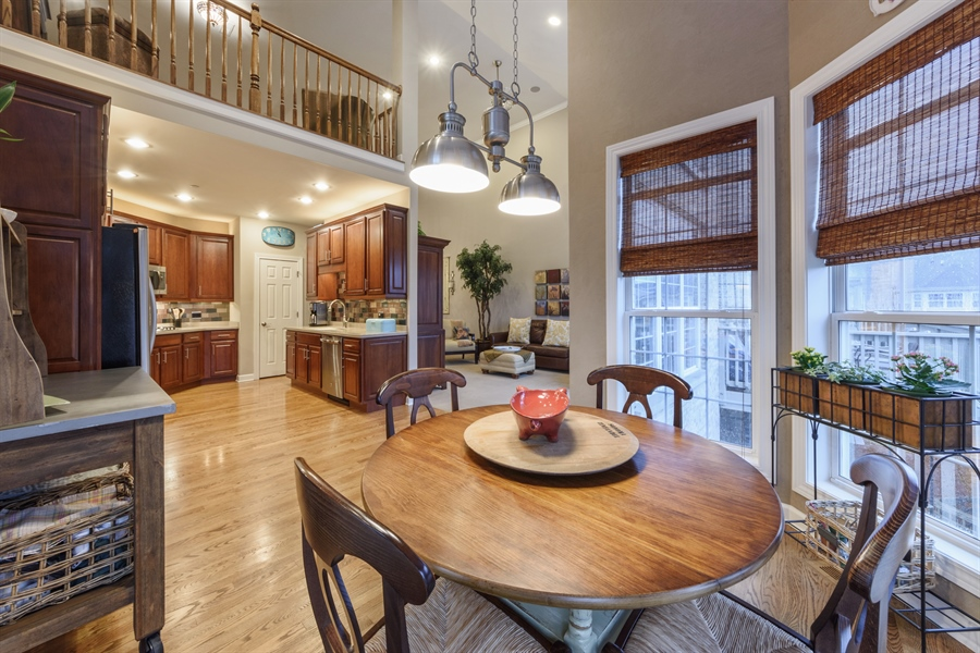 Real Estate Photography - 705 Fieldstone Court, Inverness, IL, 60010 - Kitchen / Breakfast Room