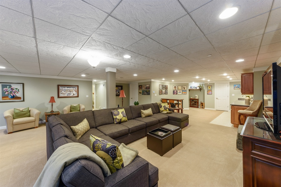 Real Estate Photography - 705 Fieldstone Court, Inverness, IL, 60010 - Recreational Area
