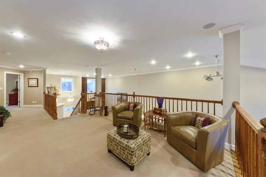 Real Estate Photography - 705 Fieldstone Court, Inverness, IL, 60010 - Loft