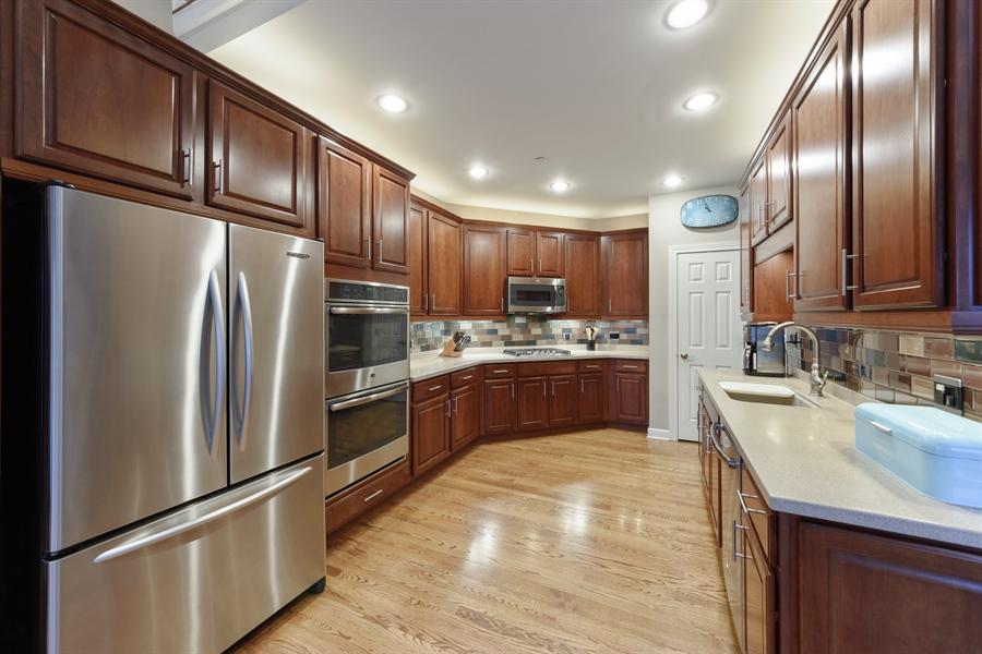 Real Estate Photography - 705 Fieldstone Court, Inverness, IL, 60010 - Kitchen