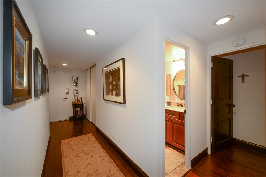 Real Estate Photography - 175 E. DELAWARE Place, Unit 5514, Chicago, IL, 60611 - Foyer