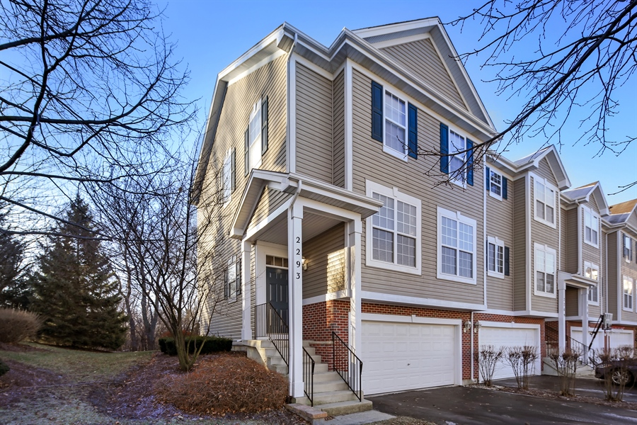 Real Estate Photography - 2293 Hudson Circle, Unit 0, Aurora, IL, 60502 - Front View