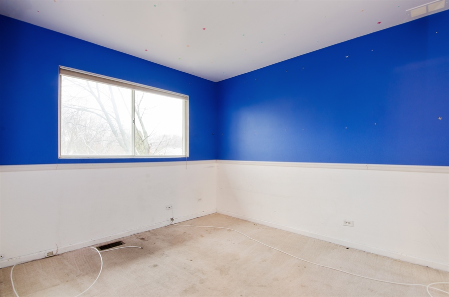 Real Estate Photography - 1255 Leawood Drive, Elgin, IL, 60120 - 2nd Bedroom