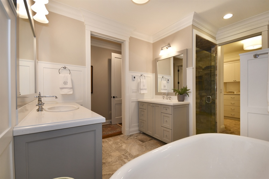 Real Estate Photography - 204 S. 5th Street, Geneva, IL, 60134 - Master Bathroom