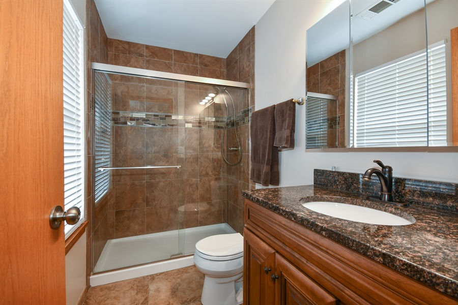 Real Estate Photography - 599 Ryegrass Circle, Aurora, IL, 60504 - Master Bathroom