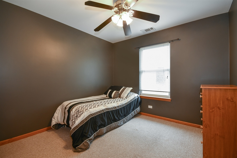 Real Estate Photography - 599 Ryegrass Circle, Aurora, IL, 60504 - 2nd Bedroom