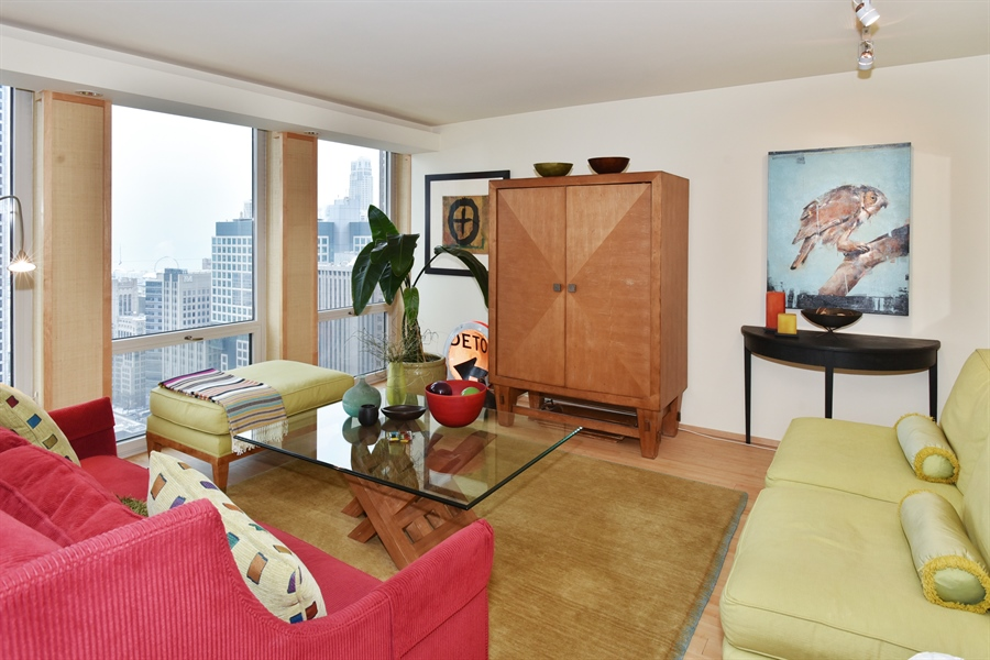 Real Estate Photography - 111 E. Chestnut Street, Unit 43A, Chicago, IL, 60611 - Living Room