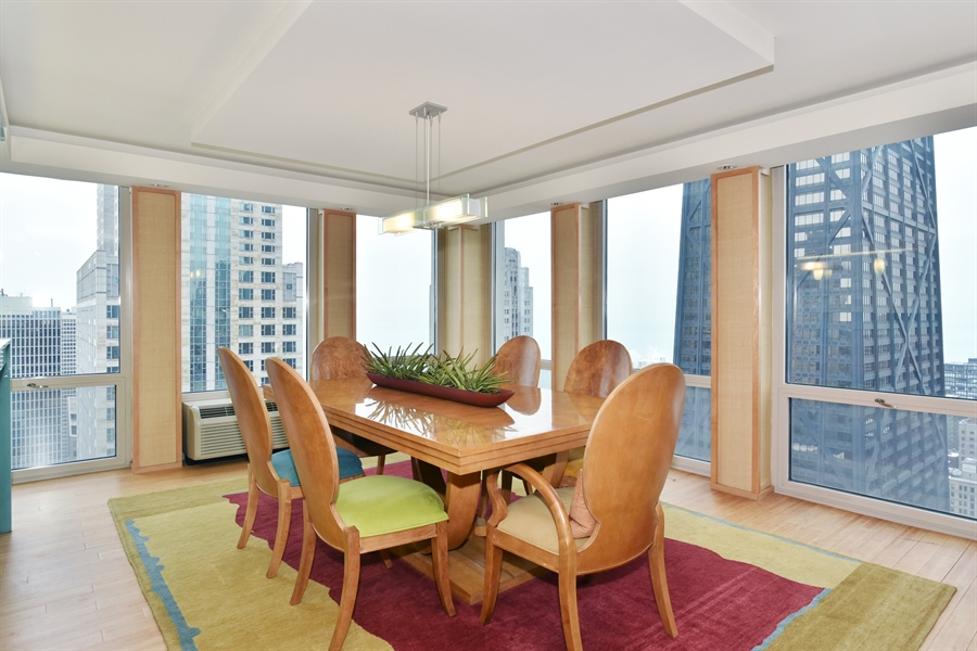 Real Estate Photography - 111 E. Chestnut Street, Unit 43A, Chicago, IL, 60611 - Dining Room