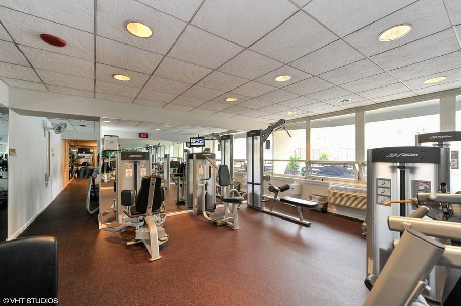 Real Estate Photography - 111 E. Chestnut Street, Unit 43A, Chicago, IL, 60611 - Exercise Room
