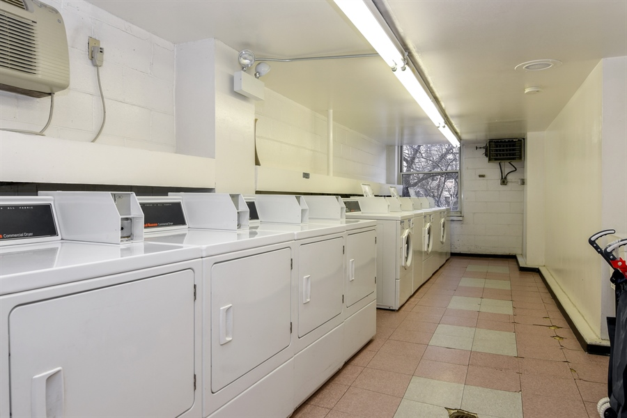 Real Estate Photography - 3033 N. Sheridan Road, Unit 1004, Chicago, IL, 60657 - Laundry Room