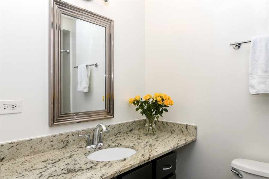 Real Estate Photography - 3033 N. Sheridan Road, Unit 1004, Chicago, IL, 60657 - Bathroom
