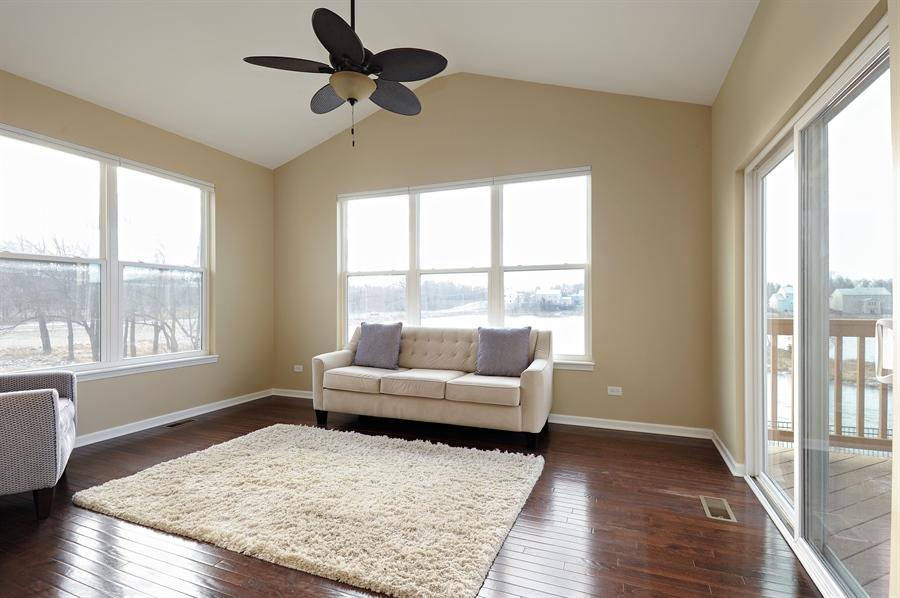 Real Estate Photography - 2365 Kelsey Court, Lindenhurst, IL, 60046 - Sitting Room