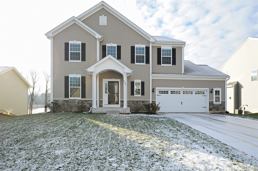 Real Estate Photography - 2365 Kelsey Court, Lindenhurst, IL, 60046 - Front View