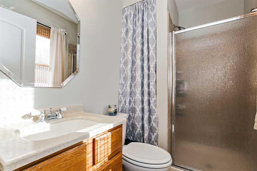 Real Estate Photography - 5001 HIGH LINE Road, Crystal Lake, IL, 60012 - Master Bathroom