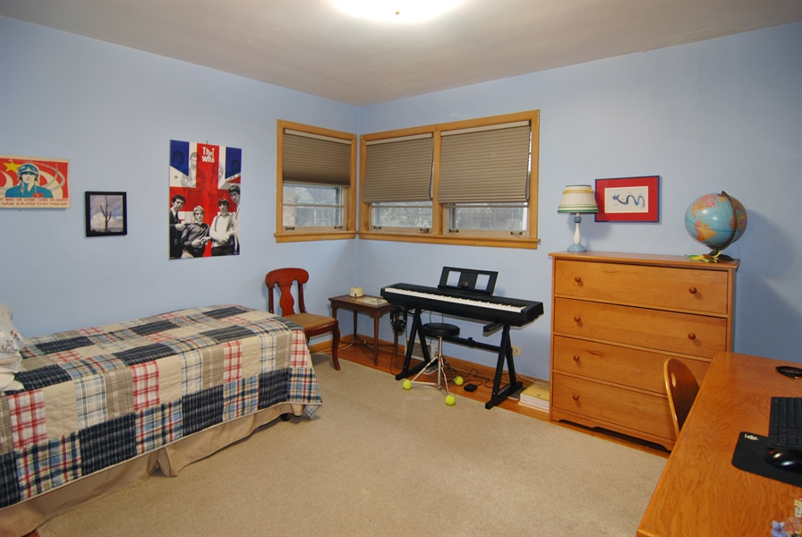 Real Estate Photography - 730 Augusta Street, Oak Park, IL, 60302 - 2nd Bedroom
