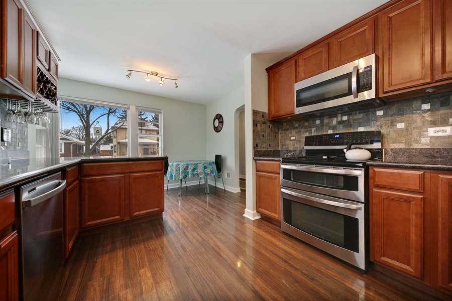 Real Estate Photography - 9138 Grant Ave, Brookfield, IL, 60513 - Kitchen