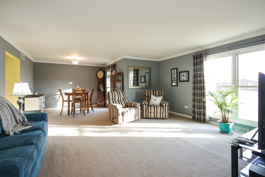 Real Estate Photography - 14N764 Oliver Drive, Elgin, IL, 60124 - Living Room