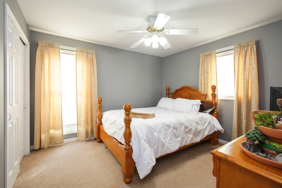 Real Estate Photography - 14N764 Oliver Drive, Elgin, IL, 60124 - 2nd Bedroom