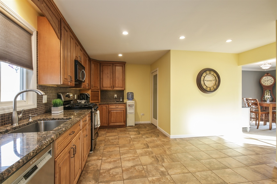 Real Estate Photography - 14N764 Oliver Drive, Elgin, IL, 60124 - Kitchen