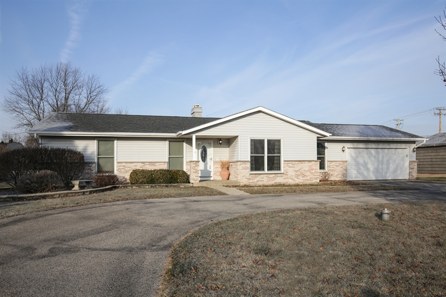 Real Estate Photography - 14N764 Oliver Drive, Elgin, IL, 60124 - Front View