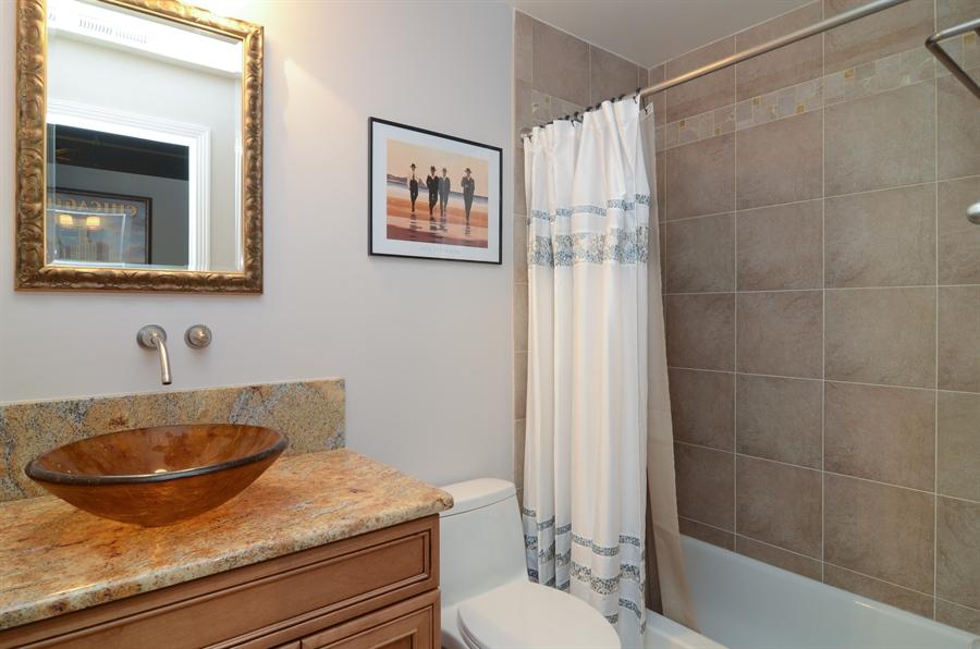 Real Estate Photography - 411 W. ONTARIO Street, Unit 721, Chicago, IL, 60654 - Bathroom