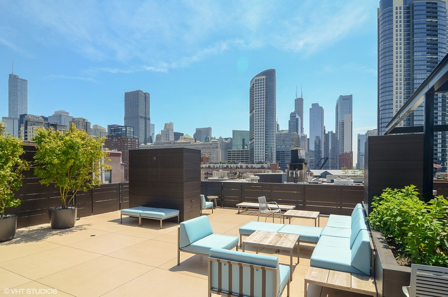 Real Estate Photography - 411 W. ONTARIO Street, Unit 721, Chicago, IL, 60654 - Common Roof Deck