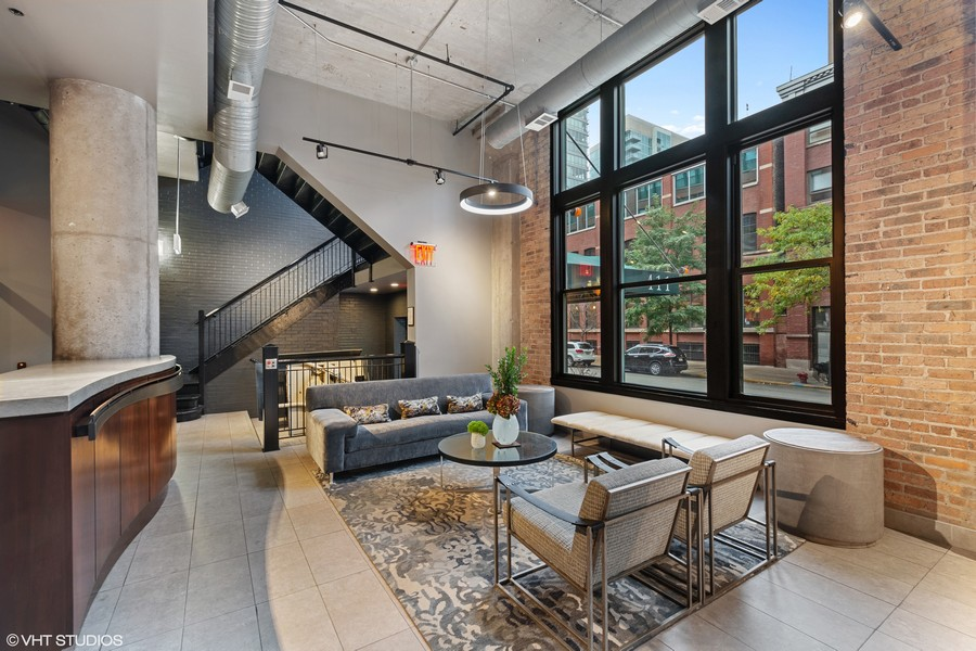 Real Estate Photography - 411 W. ONTARIO Street, Unit 721, Chicago, IL, 60654 - Lobby
