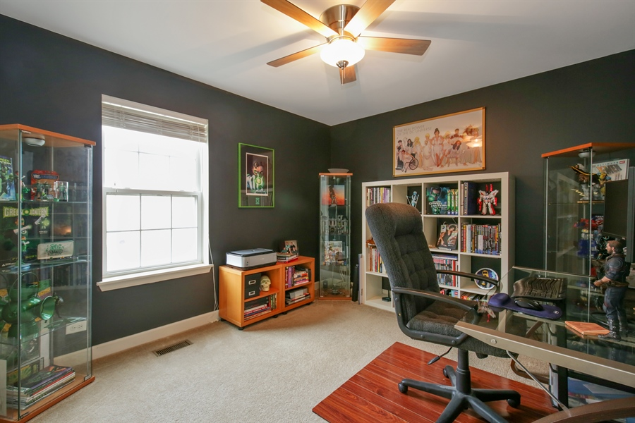 Real Estate Photography - 3048 Seekonk Ave, Elgin, IL, 60124 - 3rd Bedroom