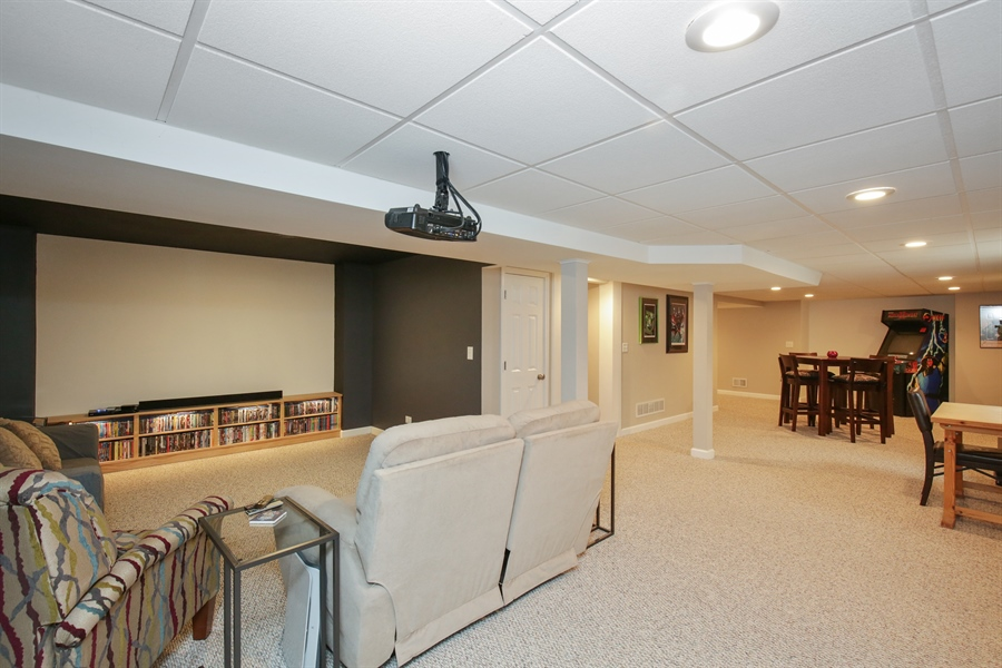 Real Estate Photography - 3048 Seekonk Ave, Elgin, IL, 60124 - Lower Level