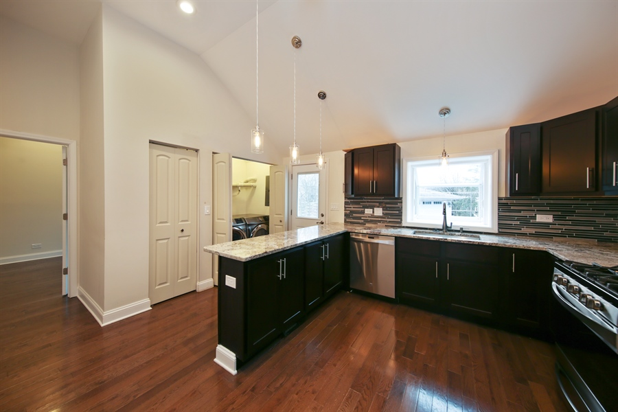 Real Estate Photography - 4112 Forest Ave, Downers Grove, IL, 60615 - Kitchen